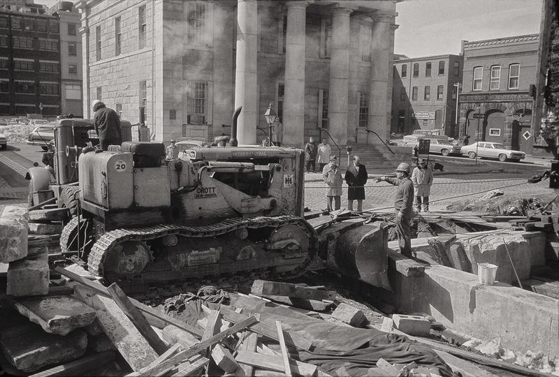 Robison Building being Moved, Custom House, Pequot Lounge
